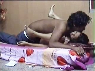 Amateur Indian Couple Sex Video